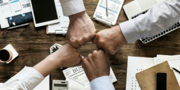 4 Reasons Employer Brands Smash Consumer Brands, Hands Down